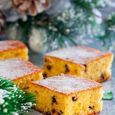 Πέντε συνταγές για βασιλόπιτα από δημοφιλείς σεφ - iCookGreek Christmas And New Year, Cornbread, Ethnic Recipes, Sweet, Food, Ideas, Millet Bread, Candy, Essen