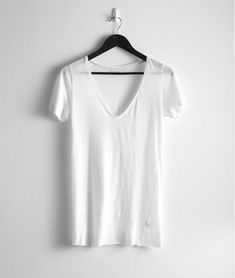 Can't live without a simple white shirt to pair with a pair of jeans. #dreamindenim