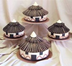 Adorable African Wedding Cake Ideas That You Will Love For Your Inspirations - How to plan an African Inspired Wedding on a Budget Many African American couples like the idea of incorporating their heritage into their wedding nup. African Wedding Cakes, African Wedding Theme, African Theme, African Weddings, African Hut, Nigerian Weddings, African Attire, African Dress, Zulu Traditional Wedding