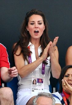 Catherine, Duchess of Cambridge (C) reacts during the Women's Hockey bronze medal match between New Zealand and Great Britain on Day 14 of the London 2012 Olympic Games at Riverbank Arena Hockey Centre on August 2012 in London, England. Kate Middleton Outfits, Kate Middleton Photos, Kate Middleton Style, Pippa Middleton, Celebrity Babies, Celebrity Photos, Celebrity News, Celebrity Style, Duchess Kate