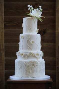 White wedding cake - Cake by beth