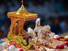Shri Harikrishna Maharaj in a chariot