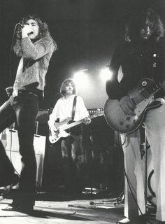Robert Plant - John Paul Jones - Jimmy Page