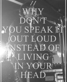 ojalá dejaras de vivir en tus pensamientos
