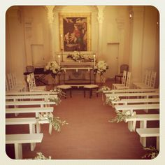Small chapel. Santa Maria a Pigli. Design by The Lake Como Wedding Planner #lakecomo #wedding #weddingplanner