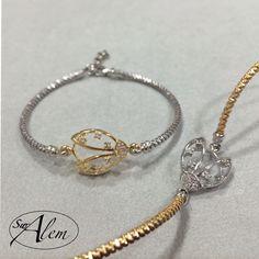 Inspiradas en la naturaleza, nuestra colección de pulseras semi-rígidas dan un toque informal a tu look casual... #swalem #pulsera #plata #silver #summer #ladybird #gold #fashion #casual