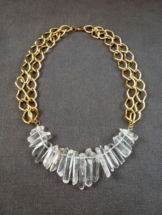 Gemstone and crystal jewelry is the hot new thing. Get in on the trend with this DIY Quartz Necklace tutorial.