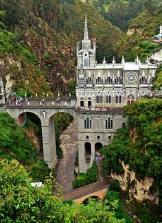 Las Lajas Sanctuary in Colombia 🇨🇴 has often been called the most beautiful church in the world! Kids learn about Colombia 🇨🇴 in Year 1 of Let's Go Geography. Geography For Kids, World Geography, Europe Travel Tips, Travel Abroad, Europe Packing, Traveling Europe, Backpacking Europe, Packing Lists, Travel Hacks