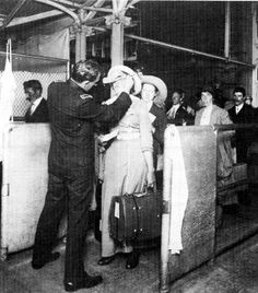 A buttonhook is used to detect trachoma. European immigrants had to have their eyelids flipped and examined upon arrival at Ellis Island in New York. Nine of 10 immigrants diagnosed with active trachoma were returned to their home countries.