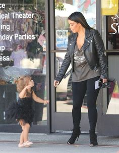 Kim Kardashian Photos Photos - Kim Kardashian, North West and Penelope Disick are seen at Miss Melodee ballet studios in Los Angeles. - Kim Kardashian and North West Go to Ballet Class