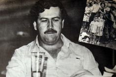 Pablo Emilio Escobar, Narcos Escobar, Narcos Pablo, Colombian Drug Lord, Scarface Movie, My Idol, Gangsters, Pictures, Mafia