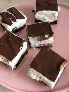 The Best Cream Puff Cake recipe featuring a fluffy crust, easy vanilla filling, and of course, chocolate. You'll love this homemade version of a cream puff! Sweet Recipes, Cake Recipes, Dessert Recipes, Cream Puff Cakes, Cake Cookies, Cupcakes, Best Cake Ever, Savoury Cake, Mini Cakes