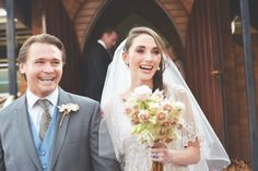 Love the blushing bride protea bouquet!   Kallah Ohr   SouthBound Bride #proteas #wedding