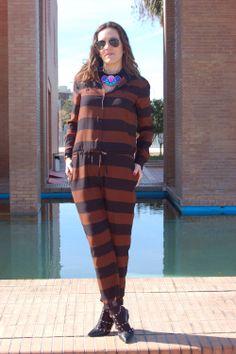 Si no viste mi entrada sobre mono a rayas, aquí lo puedes hacer.  www.modaenprovincias.blogspot.com