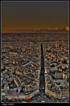 A view from the Tour Montparnasse four2infinity.com/invite.php?user=vlad2503
