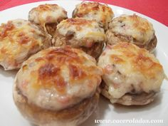 Venezuelan Food, Salsa Bechamel, Chicken Salad Recipes, Food Humor, Canapes, Baked Potato, Recipies, Stuffed Mushrooms, Muffin
