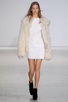 Costume National - Milan Fashion Week - Otoño Invierno 2014/2015 - Fashion Runway