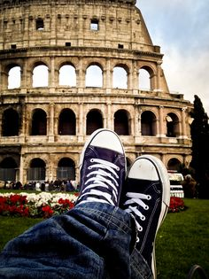 Ai piedi del Colosseo