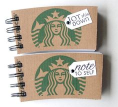 """FOR STARBUCKS LOVERS!mini notebook from Starbucks coffee sleeves. Finally I could make back the fortune I have given to Starbucks! I'm going into the """"notebook making"""" business! *SUPER CUTE and FUN! Starbucks Crafts, Starbucks Coffee, Starbucks Gift Ideas, Starbucks Christmas, Coffee Barista, Coffee Menu, Coffee Poster, Christmas Coffee, Coffee Creamer"""
