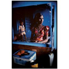 "Mary Ellen Mark - Falkland Road, Mumbai - prostitutes, a la ""Born into Brothels"" History Of Photography, Documentary Photography, Color Photography, Street Photography, Inspiring Photography, Mary Ellen Mark, In This World, Portraits, Lomography"