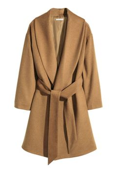 Gently flared coat in a wool blend with wide shawl lapels, concealed side pockets and a tie belt. The wool content of the coat is recycled. Brown Sport Coat, Brown Wool Coat, Wool Camel Coat, Sweaters And Jeans, Sweater Coats, Camel Coat Outfit, Coatdress, Wrap Coat, Belted Coat