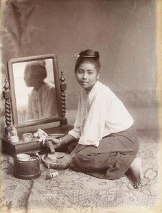 COPY 1/514/559 (Photograph 5) Description: A Burmese Girl. Location: Rangoon, Burma Date: 1907