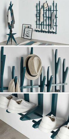 Ce portemanteau mural pratique et design permet d'aménager une petite entrée de manière fonctionnelle sans l'encombrer. il offre également un espace de rangement pour les chaussures.