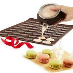 Lekue Macaron Kit  $40.00