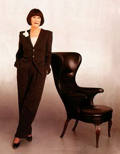 Elsa Klensch held me captive every Saturday morning! She definitely helped shape my sense of style.