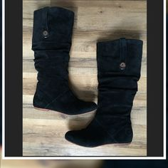 """Ugg Highkoo Black Suede Slouch Boots Ugg Highkoo Black Suede Boot Size -7.5  Color: Black  Worn condition Overall Pretty great condition Sole obviously shows wear/ suede looks pretty decent.. Approx mid calf 14"""" approx shaft height 15 1/2"""" can slouch them down inside snap to secure.. UGG Shoes"""