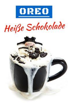 Hier ist ein tolles Rezept für Oreo heiße Schokolade. Zutaten: 250 ml Milch, 2-3 Oreo Kekse, 1 EL Nutella, evtl. Schlagsahne und Oreo zum Garnieren... Lassi, Vegan Cake, Milkshake, Cake Pops, Hot Chocolate, Breakfast Recipes, Food And Drink, Sweets, Snacks