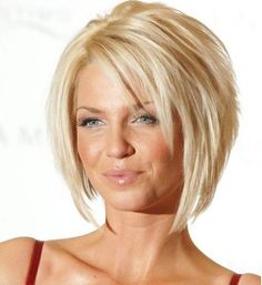 21 Easy Hairdos for Short Hair - PoPular HaircutsSearching for Sexy Long Bob Hairstyles? There are a plenty of variety of long bob hairstyles are available to style. Here we present a collection of 23 Amazing Long Bob Hairstyles and haircuts for you. Graduated Bob Hairstyles, Bob Hairstyles For Fine Hair, Layered Bob Hairstyles, Hairstyles Over 50, Spring Hairstyles, Haircuts With Bangs, Short Hairstyles For Women, Trendy Hairstyles, Hairstyles Haircuts