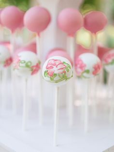 Watercolor flowers on Cake Pops   Flickr - Photo Sharing!