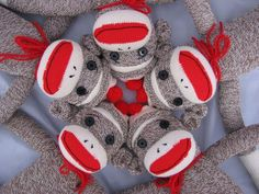 love the sock monkey! free pattern. I think I'll just make one for myself...
