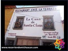 RECORRIENDO MICHOACÁN. La casa de Santa Claus ubicada en Tlalpujahua, es una construcción de tres pisos; los dos primeros, son una hermosa tienda donde encontrará una gran cantidad de artículos navideños. En el tercer piso encontrará un restaurante, en el que el olor a café recorre todo el lugar y en el que podrá disfrutar de una deliciosa comida. No puede dejar de visitar este increíble lugar. HOTEL DELFÍN PLAYA AZUL http://www.hoteldelfinplayaazul.com/portal/
