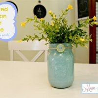 http://www.mom4real.com/painted-mason-jar-vase-paint-on-inside/