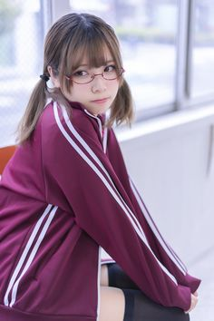 School Girl Japan, School Girl Outfit, School Uniform Girls, Girls Uniforms, Cute Japanese Girl, Asian Cute, Student Fashion, Girls With Glasses, Kawaii Anime Girl