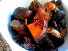 PaleOMG Paleo Recipes Crockpot Beef and Mushroom Stew Asya&CrockpotRecipes Paleo Crockpot Recipes, Slow Cooker Recipes, Real Food Recipes, Paleo Food, Crockpot Meals, Yummy Food, Beef And Mushroom Stew, Beef Stew Meat, Stewed Potatoes