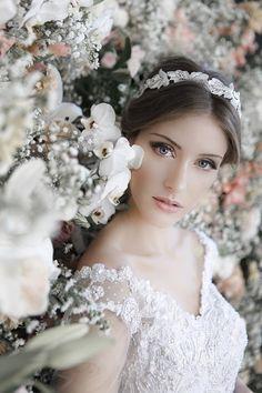 Casamento e Beleza Noiva - Maquiagem e Penteado com Headband (Foto: Daniela…