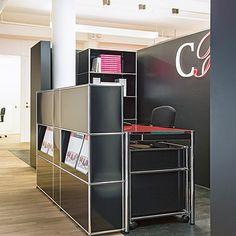 USM Haller Office Reception with USM working essentials, USM mobile pedestal and…