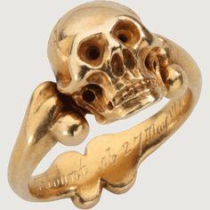 ring Bone Jewelry, Skull Jewelry, Gothic Jewelry, Antique Jewelry, Vintage Jewelry, Skull Rings, Mourning Ring, Mourning Jewelry, Memento Mori Ring