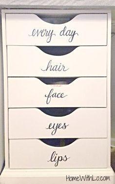 Para organizar y guardar el maquillaje