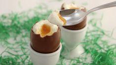 Käsekuchen-Schokoladeneier mit Aprikosencreme