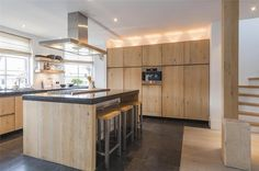 Keuken idee n on pinterest met entrees and stone wallpaper - Keuken eiland ...