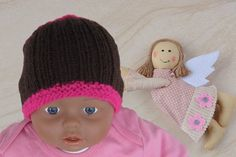 Strickanleitung im PDF-Format Babymütze bis 6 Monate. Schöne Babymütze leicht gemacht- sie können hier eine wunderschöne Babymütze stricken. Diese kann mit den Farben anpassbar auch für Jungen sein. Diese Mütze wird sicherlich geliebt. Tragbar von