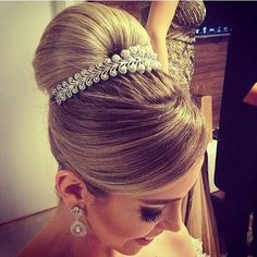 Great hair do for a wedding
