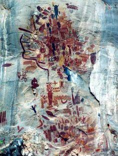 Foto: Museu de História Natural e Jardim Botânico da UFMG Ancient Art, Prehistoric, Rock Art, Traditional Art, Abstract Expressionism, Painters, Art History, Native American, Graffiti