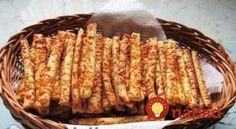 Božské debrecínske paličky: Pôvodný recept z Maďarska, jednoduchý a predsa nemá páru! Croatian Recipes, Naan, Ribs, Kids Meals, Bread Recipes, Recipies, Food And Drink, Menu, Snacks