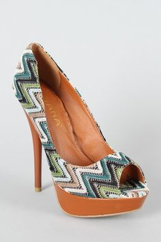 Liliana Carinthia-33 Retro Peep Toe Pump