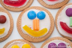 Trendy Baking With Kids Biscuits Ideas Edible Crafts, Food Crafts, Mini Chef, Biscuit Decoration, Market Day Ideas, Kids Party Treats, Cake Stall, Baking With Kids, Quick Snacks